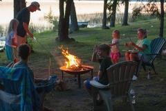 bonfire-fire-family-0143-1600x-sqshd